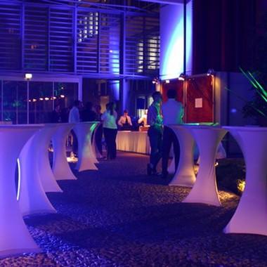 Das Foyer in München dient regelmäßig als Raum für interne Festlichkeiten.