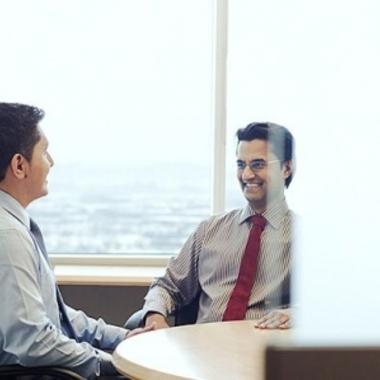 Durch unser Buddy-Programm erhalten neue Mitarbeiter/innen jegliche Unterstützung.