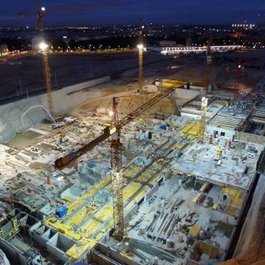 Baustelle Wien Hauptbahnhof bei Nacht