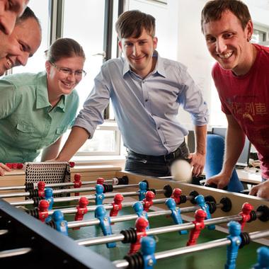 Ein kleines Tischkicker-Turnier zwischendurch macht den Kopf wieder frei für Neues