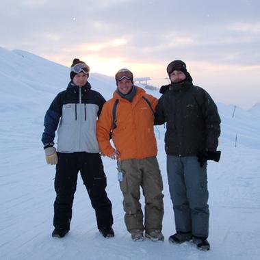 Die Geschäftsleitung beim Wintersport