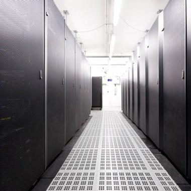 Für einen unserer größten Kunden betreiben wir ein Rechenzentrum in St. Pölten auf dem neuesten Stand der Technik.