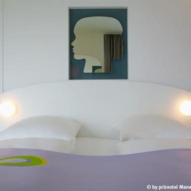 High-Comfort Betten (1,80 x 2,00) im prizeotel Bremen-City