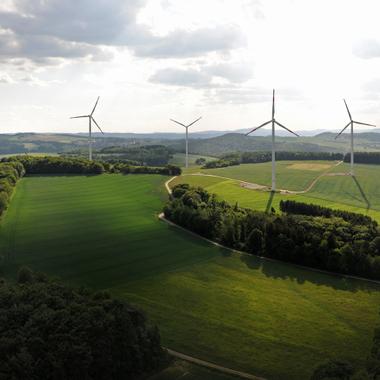 Der EnBW Windpark Eisenach liefert mit seinen sechs Anlagen jährlich Strom für über 6.000 Haushalte.