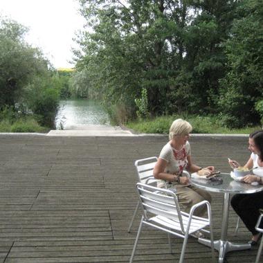 Mittagspause auf der Terrasse