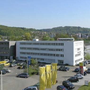 Hauptsitz in Hirschthal.