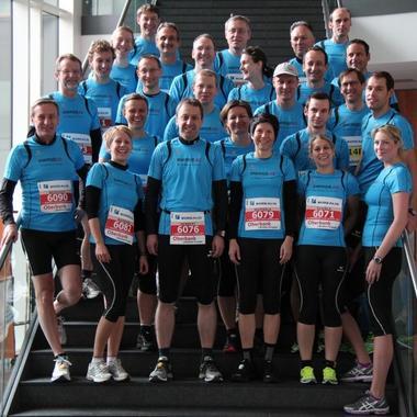 Es hat bereits Tradition, dass Mannschaften der Energie AG an Marathonveranstaltungen teilnehmen und zuvor im Rahmen von Lauftreffs in ihrer Freizeit gemeinsam trainieren.