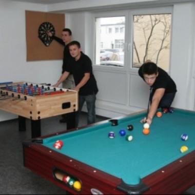 Damit auch in der Freizeit keine Langeweile aufkommt, gibt es im Lehrlingswohnhaus mehrere Möglichkeiten zur gemeinsamen Gestaltung.