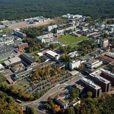 Blick auf den Industriepark Wolfgang in Hanau.