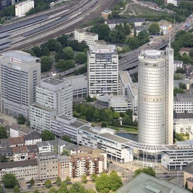 Blick auf die Hauptzentrale von Evonik, die mitten im Herzen der Ruhrgebietsmetropole Essen liegt.