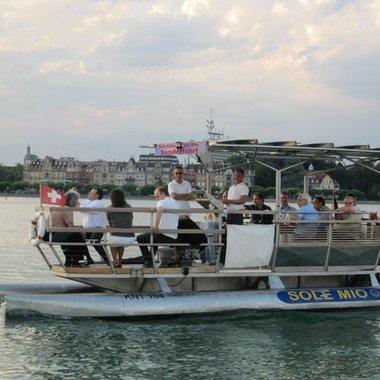 Bestandskundentag: Bootsausflug mit der Solarfähre