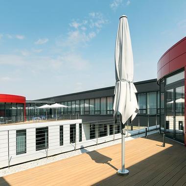 Dach des Informations- und Logistikcenters, Gifhorner Straße 57