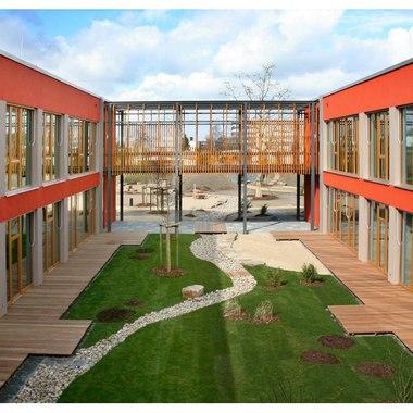 Kindertagesstätte Frech Daxe Innenhof