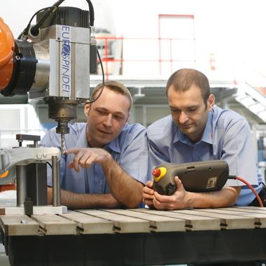 Applikationstechniker bei Robotics