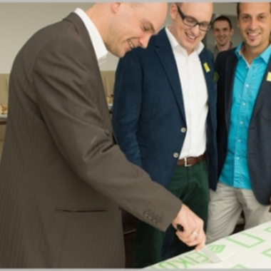 Unser neues Bürogebäude wurde im Herbst 2012 im Rahmen einer großen Feier mit Familien und Freunden eingeweiht.