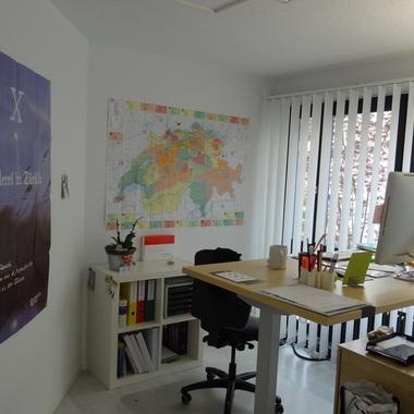 Alle unsere Büros sind individuell eingerichtet