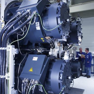 Herzstück: Der Servo-Antrieb unserer mechanischen Presselinien