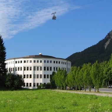 Zentrale mit Ausblick in Grödig/Salzburg