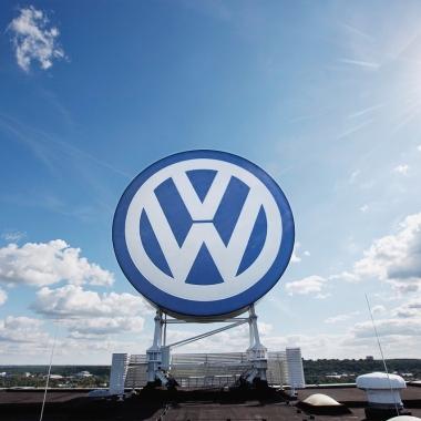 Volkswagen. Zwei Buchstaben. Tausend neue Möglichkeiten. Eine große Zukunft.