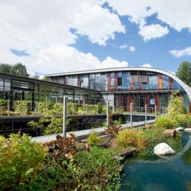 Miltenyi Biotecs einzigartiger Campus in Bergisch Gladbach bei Köln.