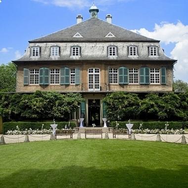 Firmensitz der Centracon AG: Schloss Eicherhof in Leichlingen