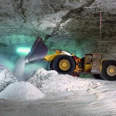 Faszinierend: Der K+S-Bergbau ist moderner denn je, mit großen Maschinen fördern wir unsere Rohsalze.