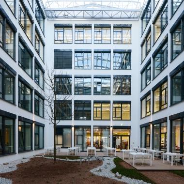 Innenhof der Münchner Firmenzentrale