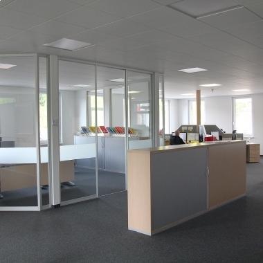 Die W.A.F. bietet helle und freundliche Büroarbeitsplätze