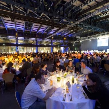 Abendveranstaltung im Rahmen der Mitarbeiterveranstaltung  ias-Forum 2014: Hier trafen sich alle Mitarbeiterinnen und Mitarbeiter der ias gemeinsam in Göttingen. Der abendliche Genuss in festlichem ...
