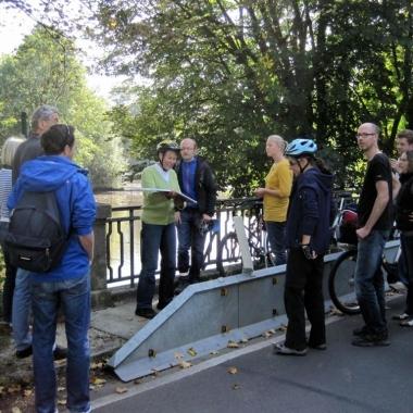 ...oder machen eine Fahrradtour durch ein paar romantische Stadtteile Nürnbergs.