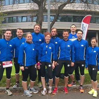 """Beim Linz-Marathon ist das """"CGM Running Team"""" stark vertreten."""