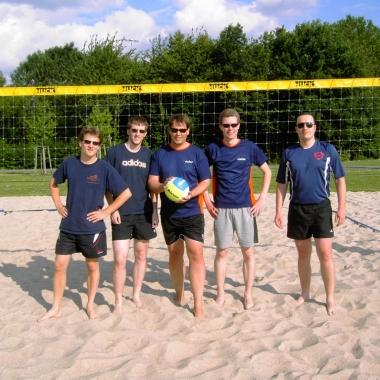Beachvolleyballturnier  und Training von Profispielern