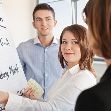 Die AOK bildet junge Menschen aus und bietet eine Vielfalt an Einstiegschancen