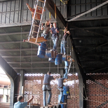 Unser Team lässt keinen hängen (Betriebsfest 2008)