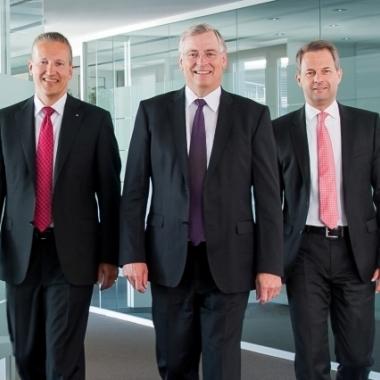 Unser Vorstand: Vorstandsvorsitzender Alfons Maierthaler (Mitte) mit den Vorstandsmitgliedern Karl Göpfert (rechts) und Harald Kraus (links).