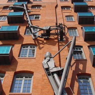 Moderne Software in traditioneller Umgebung entwickeln - das denkmalgeschützte Stadtlagerhaus wurde 1880 als Kornsilo erbaut.