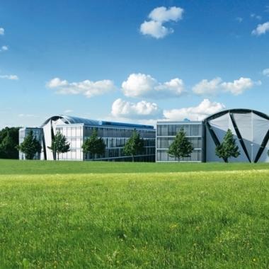 Bei unseren Gebäuden setzen wir auf hochmoderne Technologien, Energiemanagement und nicht zuletzt auf eine hervorragende Infrastruktur. So schaffen wir eine optimale Arbeitsatmosphäre für unsere ...