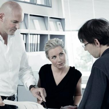 —Im Dialog mit den Ingenieuren suchen die Uhrendesigner nach der harmonischen Verbindung von Form und Funktion