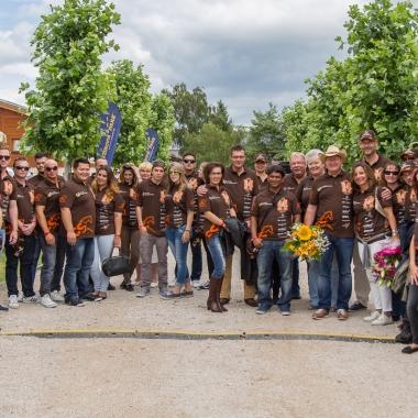 Gruppenphoto im Eingangsbereich der CS Ranch