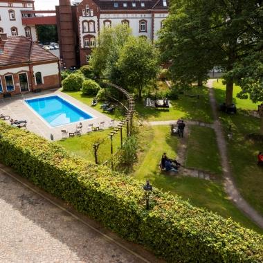 Unsere Büros befinden sich im Westend Village in Hamburg-Bahrenfeld.