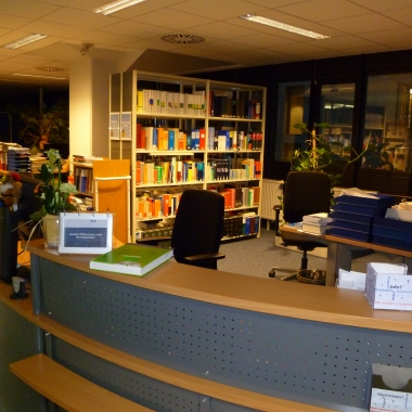 Die Bibliothek in der Direktion in Wiesbaden
