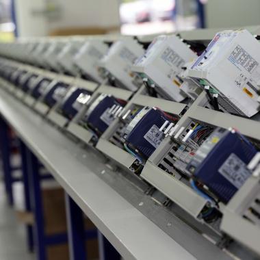 Serienfertigung im SAE Anlagenbau