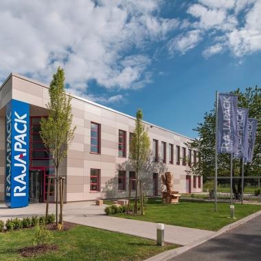 In 2013 bezieht die Rajapack GmbH ihre neuen Räumlichkeiten in Ettlingen