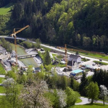 Ein Blick von oben auf die Baustelle des Kraftwerk Opponitz. Dieses wurde 2014 von Wien Energie revitalisiert.   (c) Wien Energie/ Fotostudio Wurst