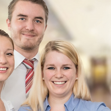 Ein Arbeitsumfeld geprägt von den Werten Vertrauen, Leidenschaft und Verantwortung in einem erfolgreichen und expandierenden Unternehmen.
