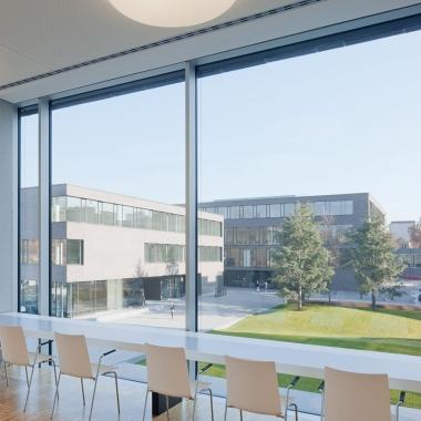 Blick von der GGS Bibliothek auf den Bildungscampus.
