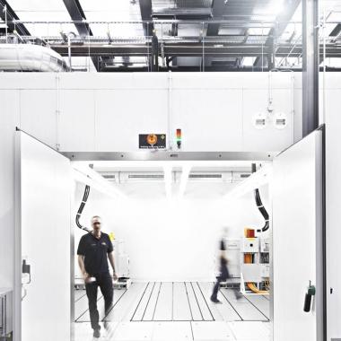 In den EMV Test-Centern - wie etwa im badenwürttembergischen Mönsheim - bietet MBtech das komplette Spektrum an Tests für die elektromagnetische Verträglichkeit inklusive Hybrid- und ...