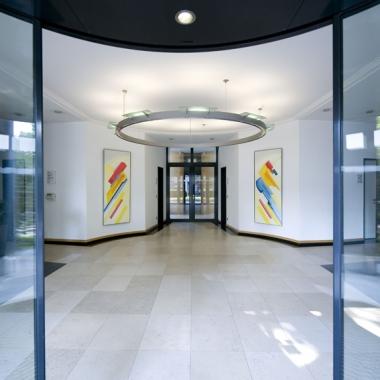 Eingangsbereich am Standort Düsseldorf.