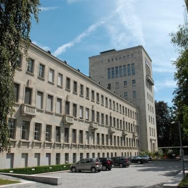 Hauptsitz der AXA in Winterthur - Aussenansicht