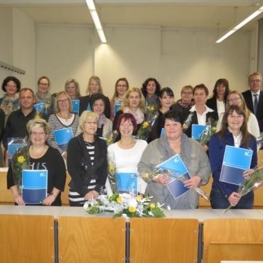 """Zertifikatsverleihung des ersten Matrikel """"Zertifizierter Pflegesachverständiger im Gesundheitswesen"""" gemeinsam mit den Verantwortlichen des MDK Sachsen-Anhalt."""
